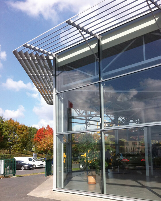 As200x36 lames ailes d 39 avion brise soleil fixe for Garage ford les sables d olonne